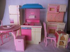 Gloria casa delle bambole mobili tavolo cucina per bambole barbie e simili.