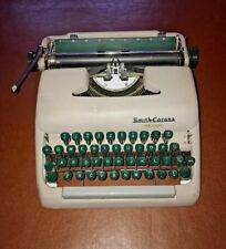 VINTAGE Smith- Corona Clipper Typewriter- 1950's- GREAT CONDITION- GWO