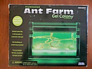 UNCLE MILTON ANT FARM LIGHT-UP GEL COLONY LIVE ANT HABITAT 2007 RARE