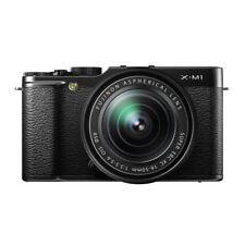 Near Mint! Fujifilm X-M1 with XC 16-50mm Black - 1 year warranty