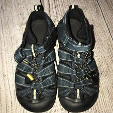 Keen Keens Boy Youth Sz 2 Sandals Blue Yellow Outdoor Shoes Slip On Adjustable