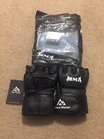 MMA Brace Master Medium  Gloves Black