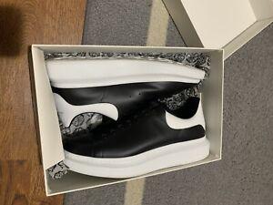 Alexander McQueen Oversized Black/White sneakers size IT 47  w/ Box WORN ONCE