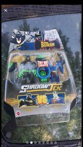 Batman Shadow Tek Kryptonite Claw Batman vs Superman.  2007 Mattel