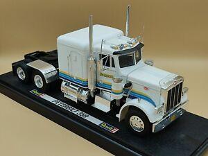 1/24 Peterbilt 359 Blanc Camion Truck 1984 Revell ref: 08890