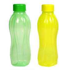 Tupperware Water Bottles Set 1L with Liquid Tight Seals 1 Green & 1 Yellow New