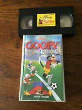 VHS  DISNEY «GOOFY EST FOU DE FOOTBALL»   AVEC HOLOGRAMME