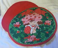 Vtg Strawberry Shortcake Round Quilted Fabric Placemats 80s 1980s Christmas Cat