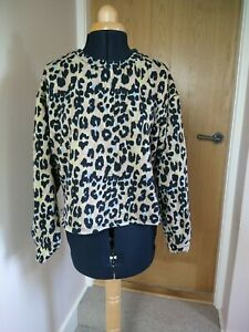 Zara Sweater Size L  Animal Leopard Print Cropped great condition