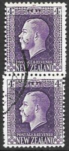 NEW ZEALAND 1915 4d bright violet vertcal perf pair, VFU CDS. SG 422f. Cat.£160.