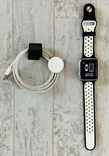 Apple Watch Series 2 - 38mm Silver Aluminum Case+ Charger