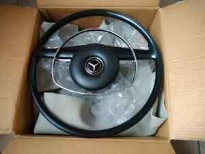 Mercedes Benz  steering wheel w108 w109 w111 w113 Pagoda sl w110  w114 w115
