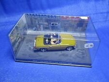 AE728 FABBRI UH JAMES BOND 007 MGB 1/43 N° 19 THE MAN WITH THE GOLDEN GUN