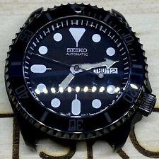 SKX007 Matte Black Stealth Sub Classic Seiko