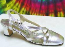 size 6.5 B ladies vtg 60s silver slingback pumps shoes