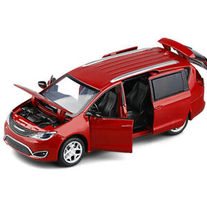 Chrysler Pacifica Hybrid MPV 1/32 Diecast Model Car Toy Collection Sound&Light