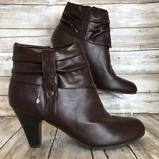 Lifestride Womens 9M Fedora Brown Synthetic Zip Up Stacked Heel Ankle Boots.