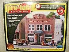Woodland Scenics Pre-Fab Building Kit Planter's Feed and Seed  Supply - HO Scale