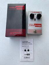 TC Electronic Vibraclone Rotary Chorus Tremolo Vibra Clone Guitar Effect Pedal