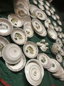 95pc american limoges chateau france 22k Gold