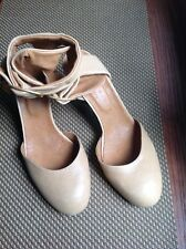 CHIE MIHARA THICK SOFT ANKLE STRAP SHOES  SZ 10 M  EUR SZ 41 MADE IN SPAIN