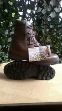 BRITISH ARMY ALTBERG BOOTS 7m BRAND NEW