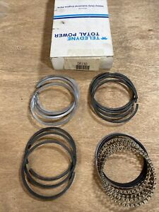Wisconsin DR15D Piston Ring Set Missing 1 - 3rd Groove Ring