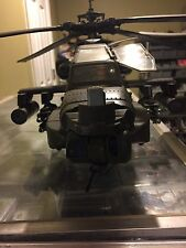 BLUE BOX APACHE AH-64 1/18 HELICOPTER Blue Box