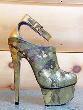 Zigi NYs London Trash Wynne Camo Army Gold Pony Fur Platform High Heel Shoe