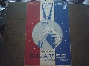 SIGNED 1943 BOSTON BRAVES PROGRAM AND SCORECARD VS. ST. LOUIS CARDINALS