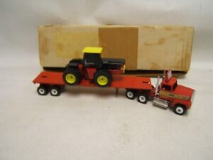 Winross Keller Bros 1989 Flatbed with Ford 936 Ford Tractor Lancaster PA MIB