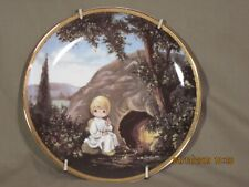 """Precious Moments Bible Story Collectible Plate """"He is not here"""" w/metal hanging"""