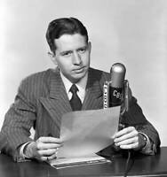 CBS OLD TV RADIO PHOTO News Reporter Douglas Edwards New York 1