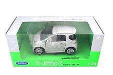 WELLY ASTON MARTIN CYGNET SILVER 1/24 NEW IN BOX DIECAST CAR 24028w