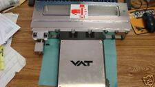 VAT Stainless Vacuum Gate Valve: 02112-AE-AAJ1/0003.  New Old Stock <R
