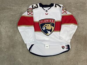 Florida Panthers Game Worn Used 19/20 NHL MIC Adidas Jersey 54 Hunt Fight Strap