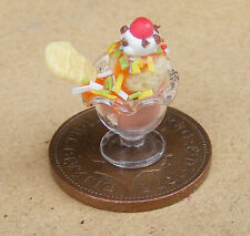 1:12 Scale Chocolate Ice Cream Sundae Tumdee Dolls House Kitchen Accessory I6