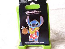 Disney * STITCH w/ HAWAIIAN SHIRT & COCONUT DRINK * New on Card Trading Pin