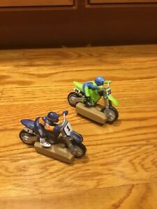 Hot Wheels 2 Electric Racing Extreme Motorcross Slot Cycles and Track Mattel