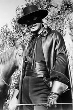 Guy Williams As Don Diego De La Vega/Zorro With Horse In Zorro 11x17 Mini Poster
