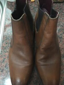 Clarks Size 11 Mens Leather Boots
