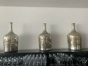 French Bar Ornaments, White/ Clear Vase style