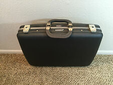 """Vintage American Tourister Hardcase 21"""" Luggage Tri-Taper Suitcase Carry On"""