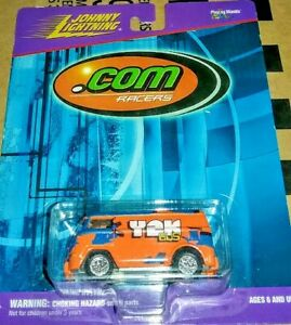 Y2K VOLKSWAGEN BUS ●● JOHNNY LIGHTNING ●●  RETAIL VERSION VW RACER