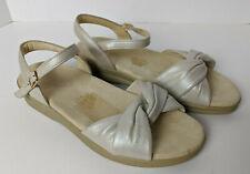 Womens SAS Twist Again Sandals Beige Leather Tripad Comfort 9.5 W