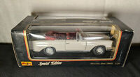 MAISTO MERCEDES-BENZ 280SE CONVERTIBLE SPECIAL EDITION 1:18 DIECAST WHITE / RED