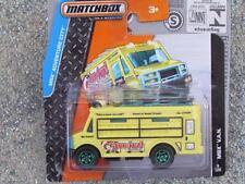 Matchbox 2015 # 009/120 MBX V. A. N. Alimentos Camión Amarillo aventura City