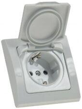 DELPHI Schutzkontakt Steckdose in weiß Klapp Deckel IP44 spritzwasser geschützt