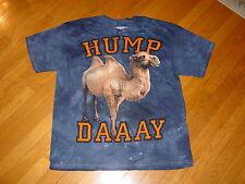 HUMP DAY DAAAAAAAY Camel Geico Gecko  T-Shirt  NEW  FUNNY CUTE    sz.....  SMALL