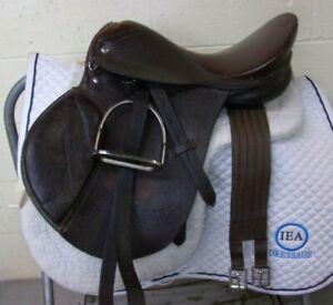 "QUALITY - KIDS English SHOW Saddle TACK LOT - 15 1/2"" - Leathers/Irons/Girth/Pad"